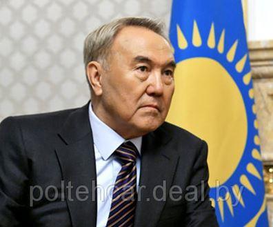 Лукашенко поздравил Назарбаева с днем рождения